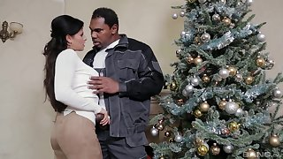 Christmas surprise for the in the buff wife in rough interracial action