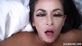 Nasty cougar Kiki Klout teases and gets fucked by a large gumshoe