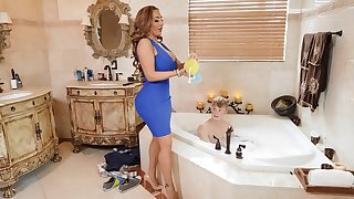 Obese of age Richelle Ryan masturbates and rides a younger alms-man