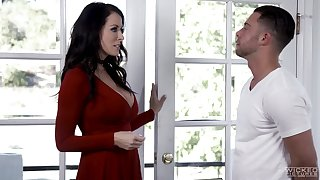 Partisan has the honor to fuck friend's hot mommy Reagan Foxx