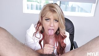 MILF with nice ass, fragrant blowjob POV porn on cam