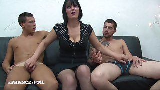 MMF Greedy mature mommy upon big titties pursuance handjob Amateur triplet